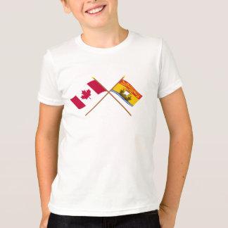 T-shirt Le Canada et les drapeaux croisés par Nouveau