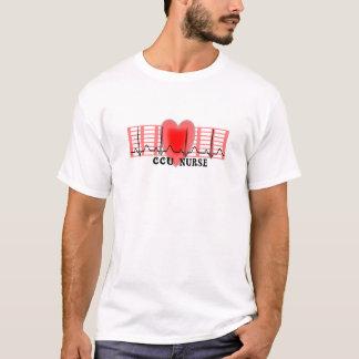 T-shirt Le papier et le coeur d'Ekg de cadeau d'infirmière