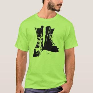 T-shirt Le punk vert de Goth initialise la chemise