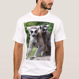 T-shirt Lémurs coupés la queue par anneau