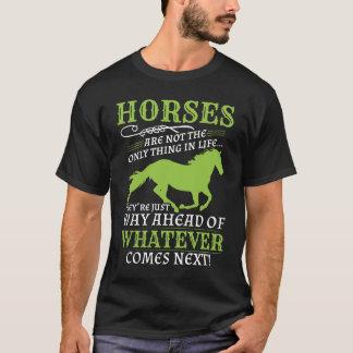 T-shirt Les chevaux sont manière en avant