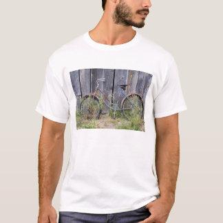 T-shirt Les Etats-Unis, Orégon, courbure. Un vieux vélo