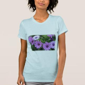 T-shirt Les femmes de marguerite africaine affinent le