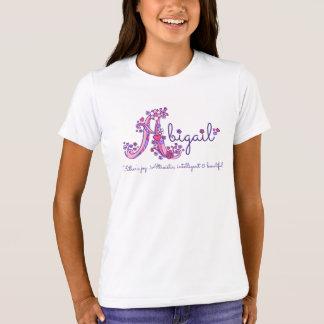 T-shirt Les filles d'Abigaïl marquent avec des lettres la