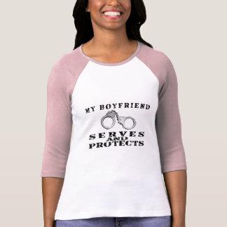 T-shirt Les services d'ami protège - des manchettes