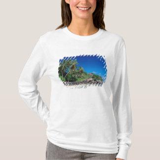 T-shirt Les Seychelles, île de Mahe, plage d'Anse Royale.