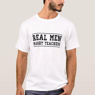 T-shirt Les vrais hommes épousent des professeurs