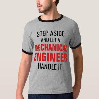 T-shirt L'étape de côté et a laissé un mécanicien machiner