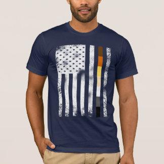 T-shirt L'homosexuel affligé par cool soutient le drapeau