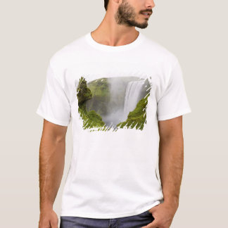 T-shirt L'Islande. Plongeons de cascade de Skogarfoss