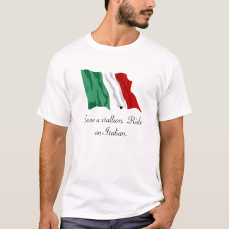 T-shirt L'Italien-Drapeau, sauvent un étalon.  Montez un