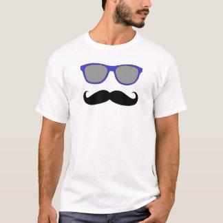 T-shirt Lunettes de soleil drôles de bleu de moustache