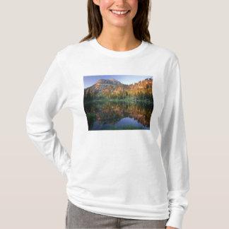 T-shirt L'UTAH. LES Etats-Unis. Mt. Magog reflété dans