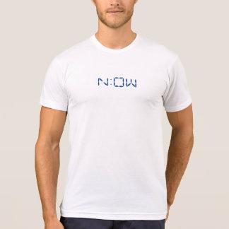 """T-shirt """"Maintenant"""" dans le format de pendule à lecture"""