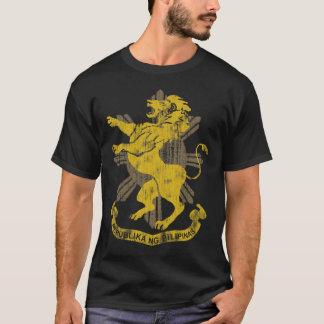 T-shirt Manteau de drapeau de Sun de lion des bras
