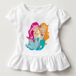 T-shirt mignon de plage d'amis de sirène de filles
