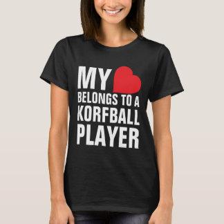 T-shirt Mon coeur appartient à un joueur de Korfball
