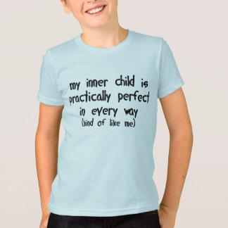T-shirt Mon enfant intérieur est pratiquement parfait de