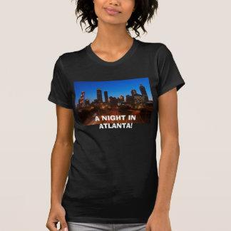 T-shirt nuit-scène-de-Atlanta-en centre ville-donnez sur,