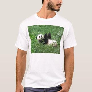 T-shirt Panda géant Lounging mangeant le bambou
