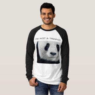 T-shirt Pas un trophée de panda géant