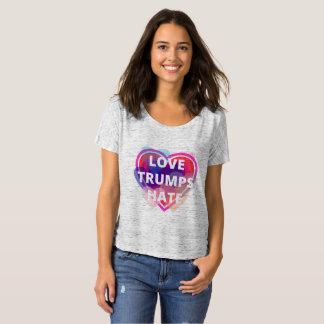 T-shirt Pièce en t Slouchy de Sara Ridky