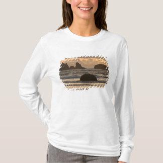 T-shirt Piles de mer sur la plage chez Bandon, Orégon