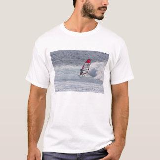 T-shirt Planche à voile d'homme devant la vague