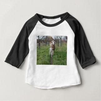 T-shirt Pour Bébé Agneau et moutons