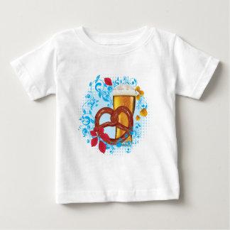 T-shirt Pour Bébé Bretzel de bande dessinée avec de la bière 3