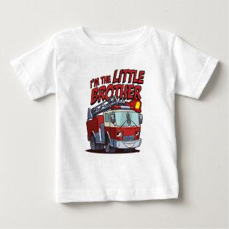 T-shirt Pour Bébé Camion de pompiers de petit frère