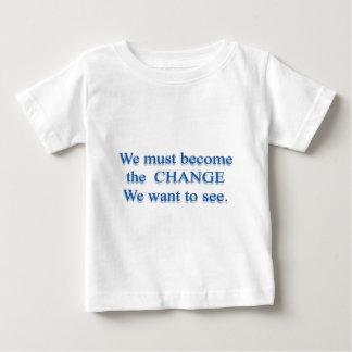 T-shirt Pour Bébé Changement essentiel - Mahatma Gandhi
