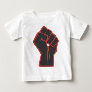 T-shirt Pour Bébé Coeur augmenté de révolutionnaire de poing