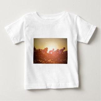 T-shirt Pour Bébé Coucher du soleil de Tour de France