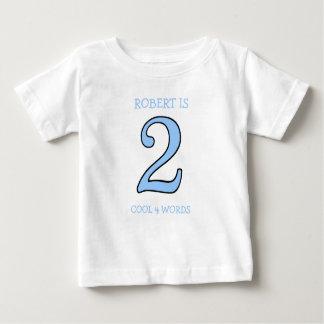 T-shirt Pour Bébé De 2 ans d'anniversaire de garçon cool trop pour