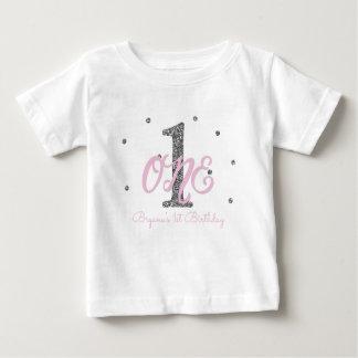 T-shirt Pour Bébé Filles roses et argentées UNE ?ère coutume de fête
