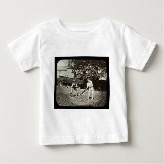 T-shirt Pour Bébé Joueurs de cricket de glissière de lanterne