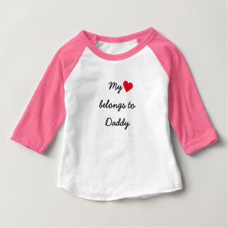 T-shirt Pour Bébé La coutume mon coeur appartient au raglan de