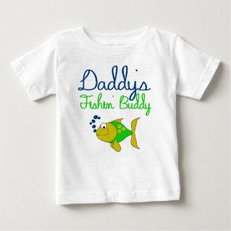 T-shirt Pour Bébé l'ami du fishin du papa badine la pièce en t