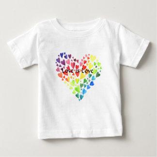 T-shirt Pour Bébé L'amour est la pièce en t du petit doigt d'amour