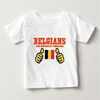 T-shirt Pour Bébé Les Belges sont naturellement impressionnants