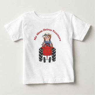 T-shirt Pour Bébé Ma maman conduit des tracteurs