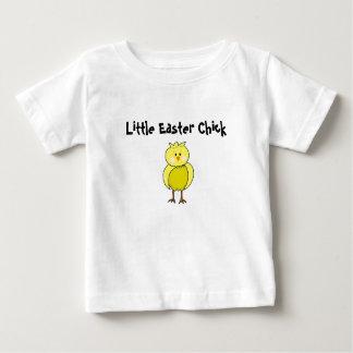 T-shirt Pour Bébé Peu de poussin de Pâques