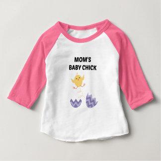T-shirt Pour Bébé Poussin du bébé de la maman