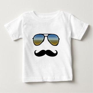 T-shirt Pour Bébé Rétros lunettes de soleil drôles avec la moustache