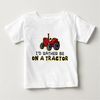 T-shirt Pour Bébé Soyez plutôt sur un tracteur