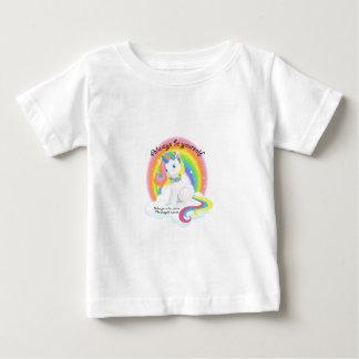 T-shirt Pour Bébé Soyez vous-même. Conception magique de licorne