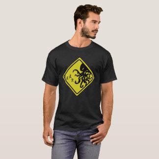 T-shirt Précaution Cthulhu