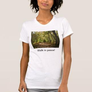 T-shirt Promenade dans la pièce en t des femmes de paix
