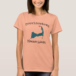 T-shirt Provincetown le Massachusetts faisant des vagues,